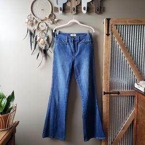 Madewell | Flea Market Flare Jeans in Kara Wash